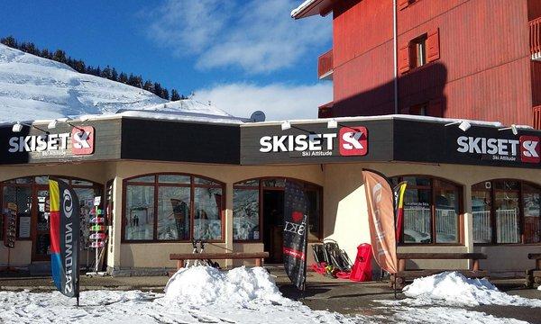 Ski Attitude
