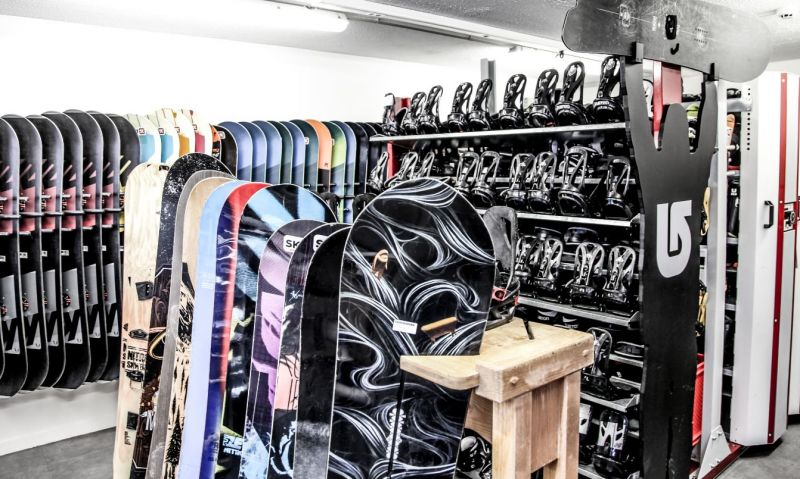 Allais Ski Boardshop 4