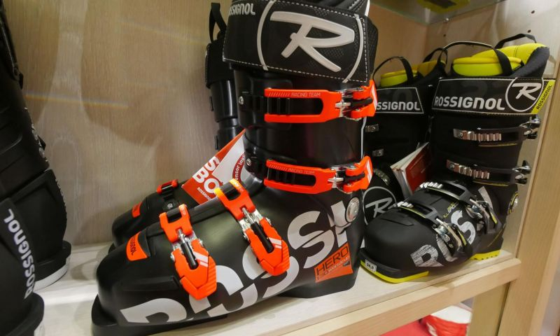 Skiset Les Carroz by Rossignol 1
